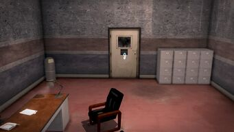 Donnie's - Interior in Saints Row 2 - closed storeroom door