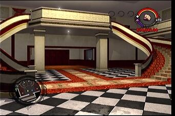 Raykins Hotel - double staircase