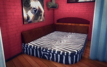 Red Light Loft - Pimp Pad - Bed
