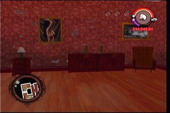 Raykins Hotel - red bedroom drawers