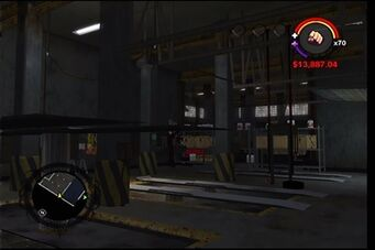 Donnie's garage in Saints Row - interior work area