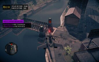 Cat and Mouse in Saints Row IV - piloting Vulture