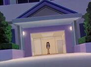 Syaoran-apartment-entrance