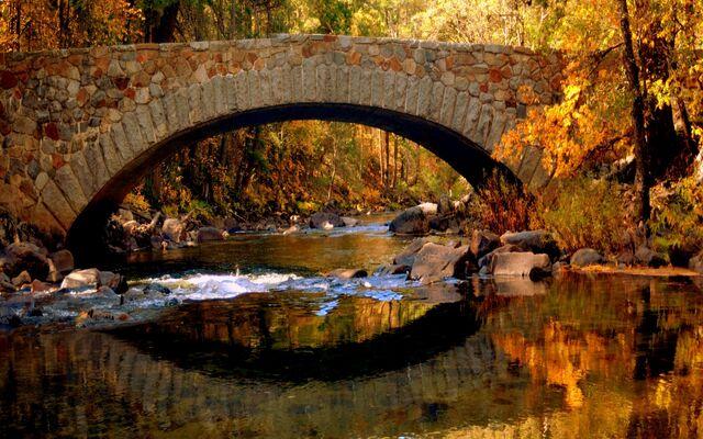 File:Stone-bridge-in-autumn-255541.jpg