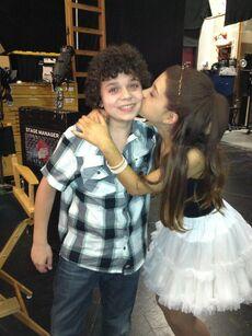 Ariana kissing Cameron on set May 8, 2013