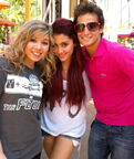 Ariana and Jennette with Frankie
