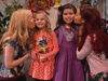 Jennette and Ariana kissing Sophia and Rosie