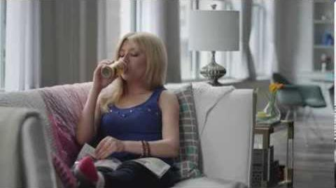 Nesquik Commercial with Jennette McCurdy and Ariana Grande