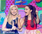 Jennette and Ariana on stage at the KCAs 2013