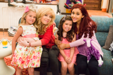 Jennette, Ariana, Sophia, and Rosie
