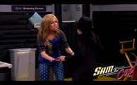 Sam talking to Dice in the official Sam & Cat promo