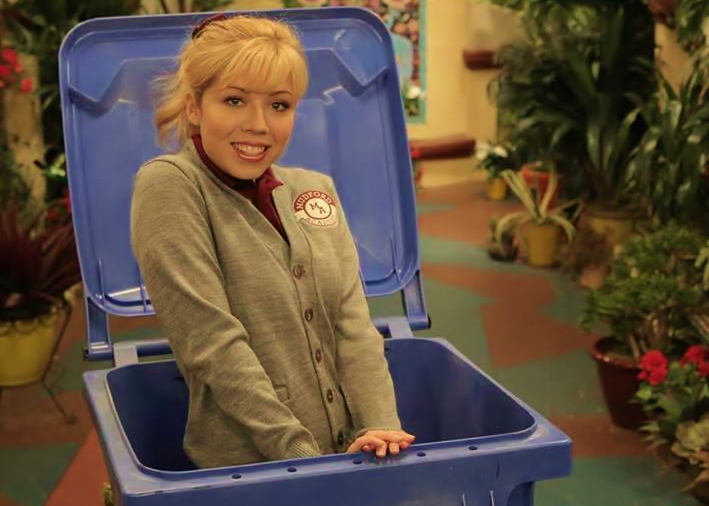 sam and cat doll sitting watch online