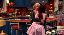 Sam and Cat hugging in first promo