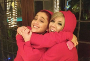 Ariana and Jennette hugging