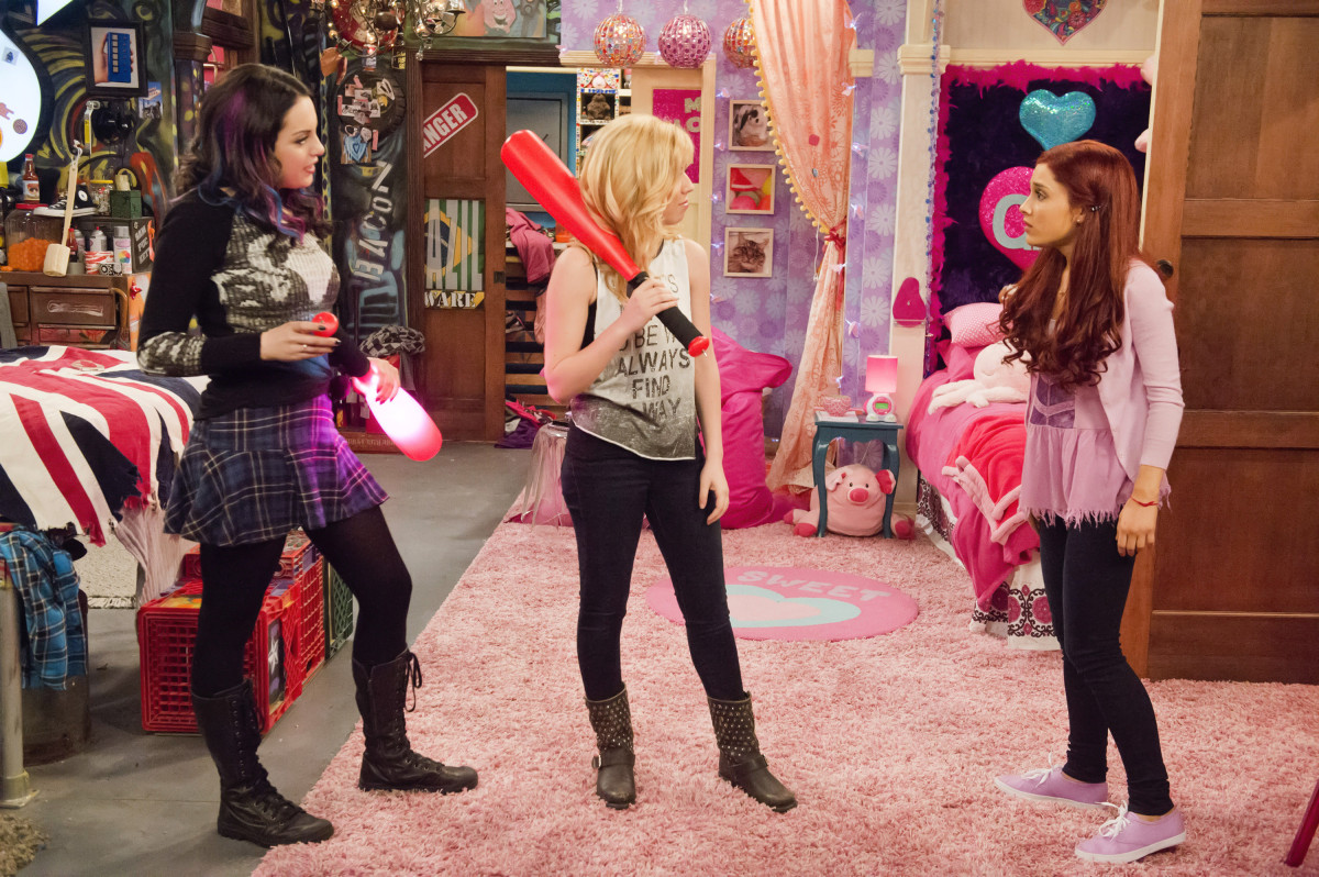 image jade sam and cat in sam and cat s bedroom jpg 17027 | latest cb 20140120055640