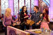 Sam, Jade, Freddie y Cat en Bots