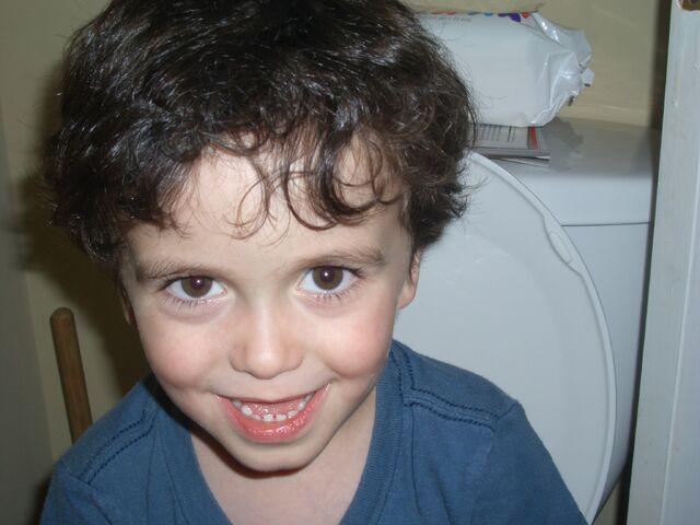 File:Gaa-Go Peeps and Poops.jpg