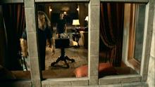 1x07 - Bigfoot tidys up Helen's office