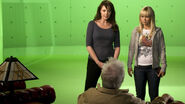Photo behindthescenes 04 129054127510 Amanda Tapping and Emilie Ullerup on the green screen set of Sanctuary.