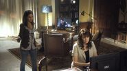 2x13 Sanctuary IMDb 11