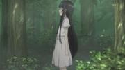 Yui en el bosque