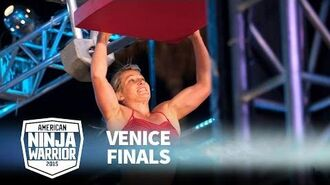 Jessie Graff at 2015 Venice Finals - American Ninja Warrior