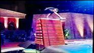 Monster Box 13 Boxes 2m06cm 2005