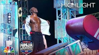 Akbar Gbajabiamila's Ninja Warrior Run for Red Nose Day - American Ninja Warrior 2018