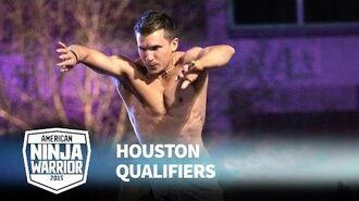 Jonathan Horton at 2015 Houston Qualifiers - American Ninja Warrior