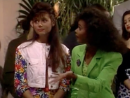 S3 Ep 23 - 11 kelly n lisa