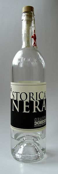 200px-Grappa Storica Nera Bottle