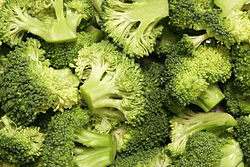 250px-Broccoli bunches