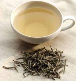 Thé-blanc-350x374