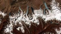 512px-Glacial lakes, Bhutan