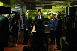 5x17 - The White House Kitchen Meeting 01