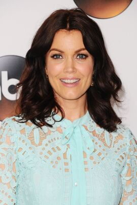 2017 Summer TCA Panel - Bellamy Young 01