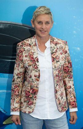 2016 Finding Dory UK Premiere - Ellen DeGeneres 01