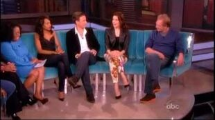 Scandal cast on The View 5 14 13 part 2