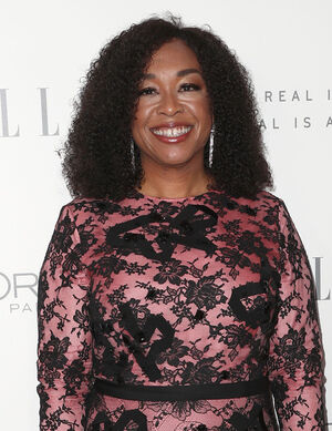 2017 Women in Hollywood - Shonda Rhimes 01