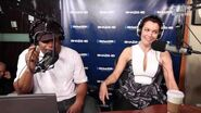 """Bellamy Young Talks Columbus Short Leaving, Why She's Single, & Her Character """"Mellie"""""""