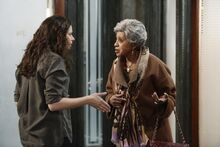 4x11 - Quinn Perkins and Rose 01