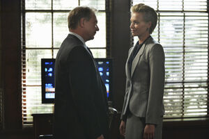 4x01 - Cyrus Beene and Elizabeth North 04