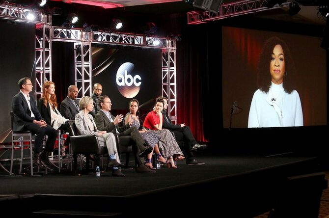 2017 Winter TCA Panel - Cast and Crew 02