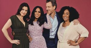 2018 NY Times - Scandal Cast and Shonda 01