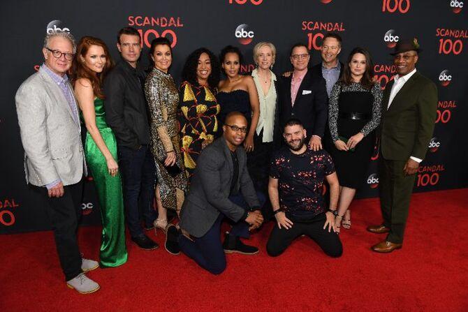 2017 Scandal 100th Episode Celebration - Group 03