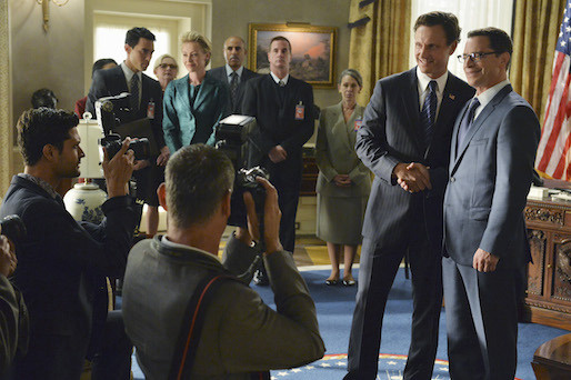 4x01 - Oval Office Group 01