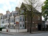 2 Glynrhondda Street