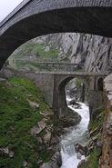 Teufelsbrücke 15