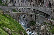 Teufelsbrücke 8