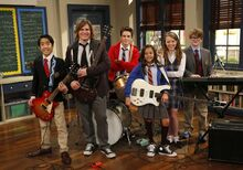 School-Of-Rock-SOR-APPROVED-Cast-Stars-Characters-Announcemtnt-Photo-Nickelodeon-Nick-Paramount-TV MTV-News